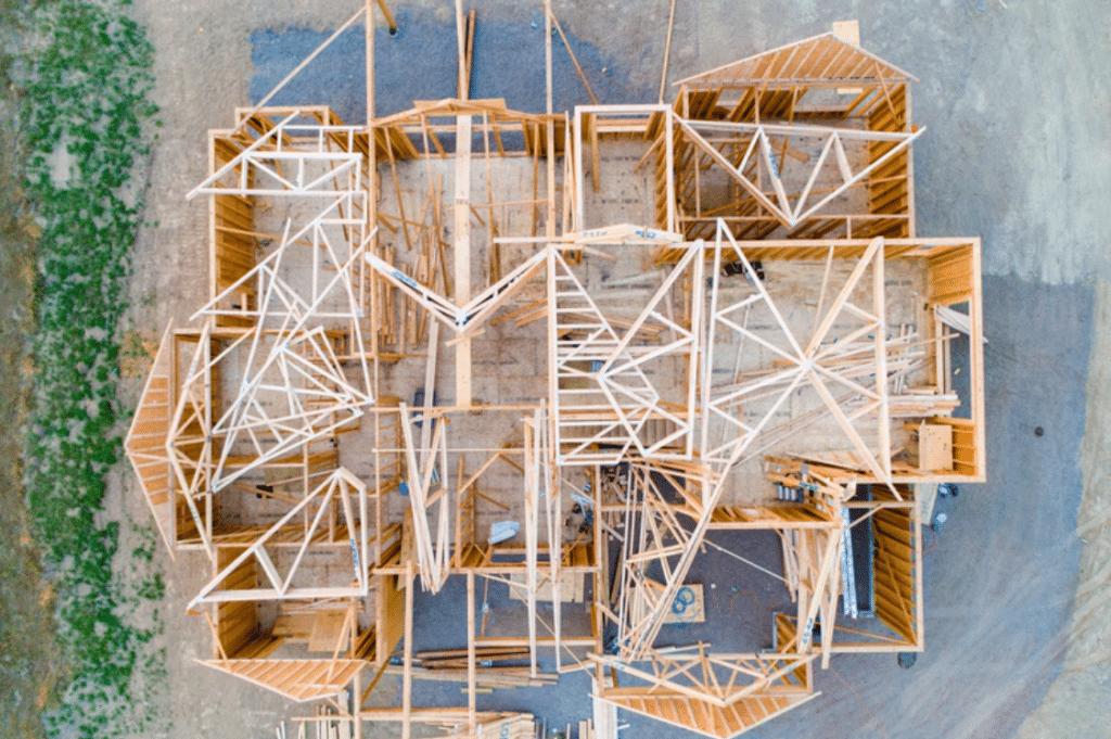 Stavba nového domu z dreva