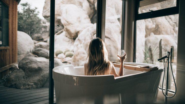 žena_vaňa_kúpeľňa