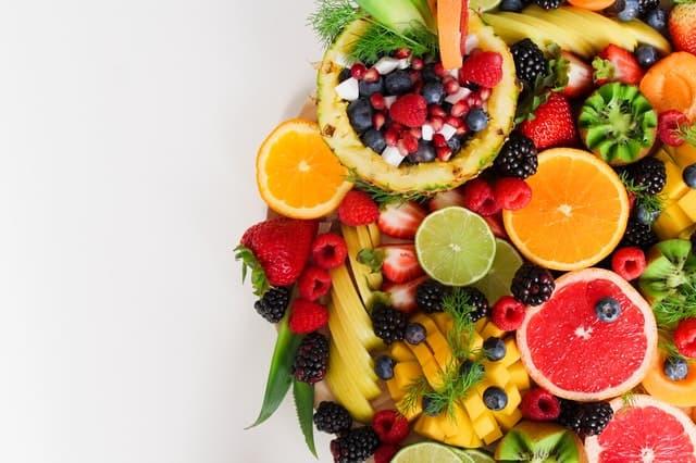 ovocie, citrusy, lesné plody na zvysenie imunity